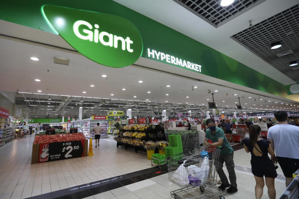 singapore chain giant supermarket
